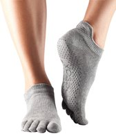 Toesox Low Rise Full-Toe Grip Socks